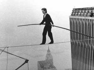 Source: http://www.beautyprog.com/wp-content/uploads/2014/10/philippe-petit-world-trade-center-tight-rope-walk.jpg